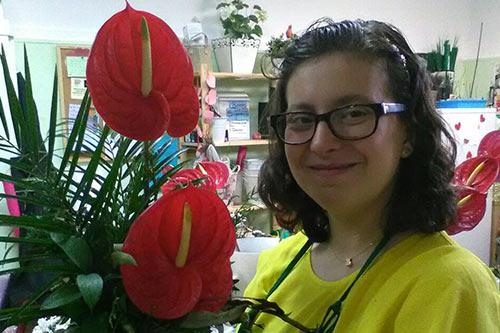trabajo de floristería en el taller de la fundación